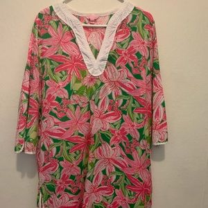 Lilly Pulitzer cover-up or nightgown